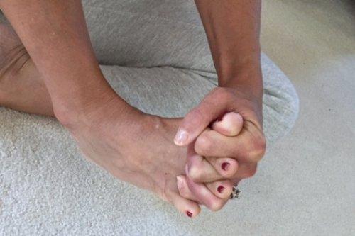 Toe-stretch