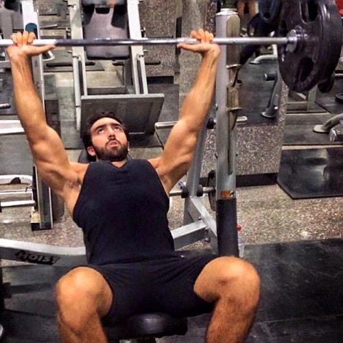 Omar bench-press