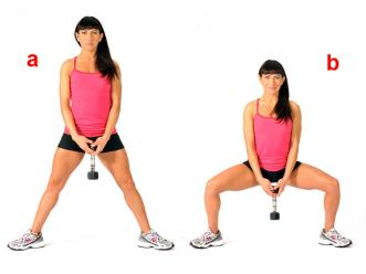 dumbbell-sumo-squat