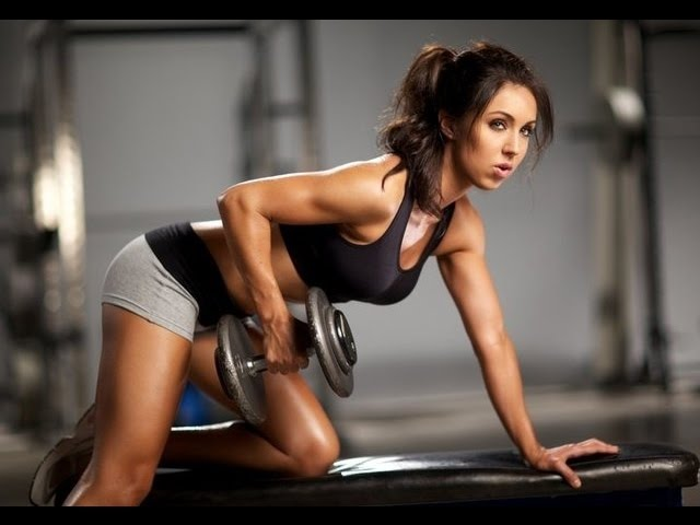 women-dumbbell