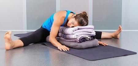 6 yoga poses to help you sleep better